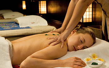 Thai stress massage with hot balm
