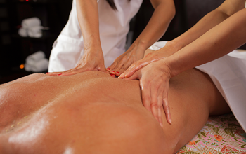 Four-handed massage
